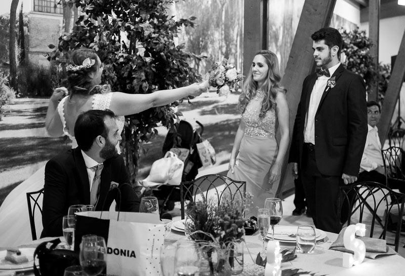 bodas_medina-del-campo_el-ramo-de-la-novia_luzmontero_02