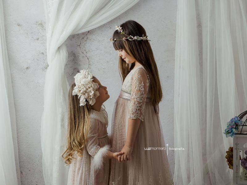 comunion-medinadelcampo-luzmontero-vestidos-rosa-hortensia-maeso-fotografia-hermanos